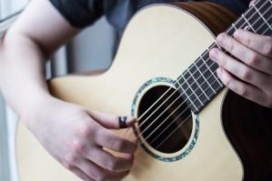 Graham Bell Musician Faith guitar